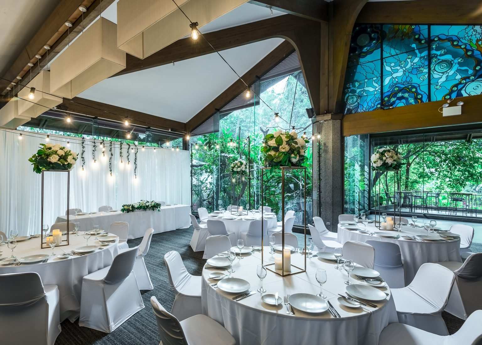 Rainforest Room Dinner Setting